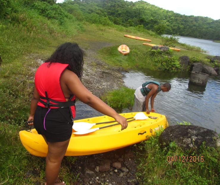 Carrying the kayaks .jpg